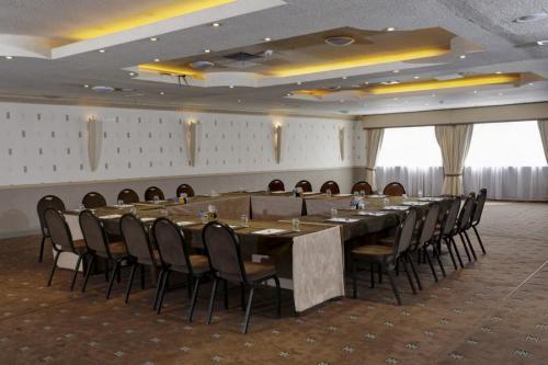 MEETINGS5